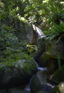 Wasserfall auf Nosy Mangabe