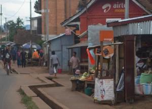 Stand, an dem man Crédits kaufen kann, in Antsirabe
