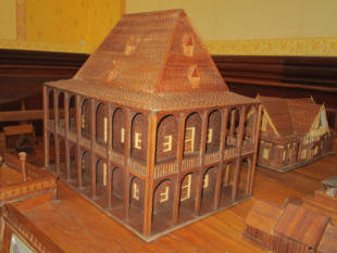 Holzmodell des Tranovola